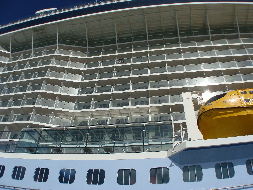 Live from quantum of the seas jan 23 2015 page 17 cruise plenty of towels are available for passengers when going ashore baanklon Gallery