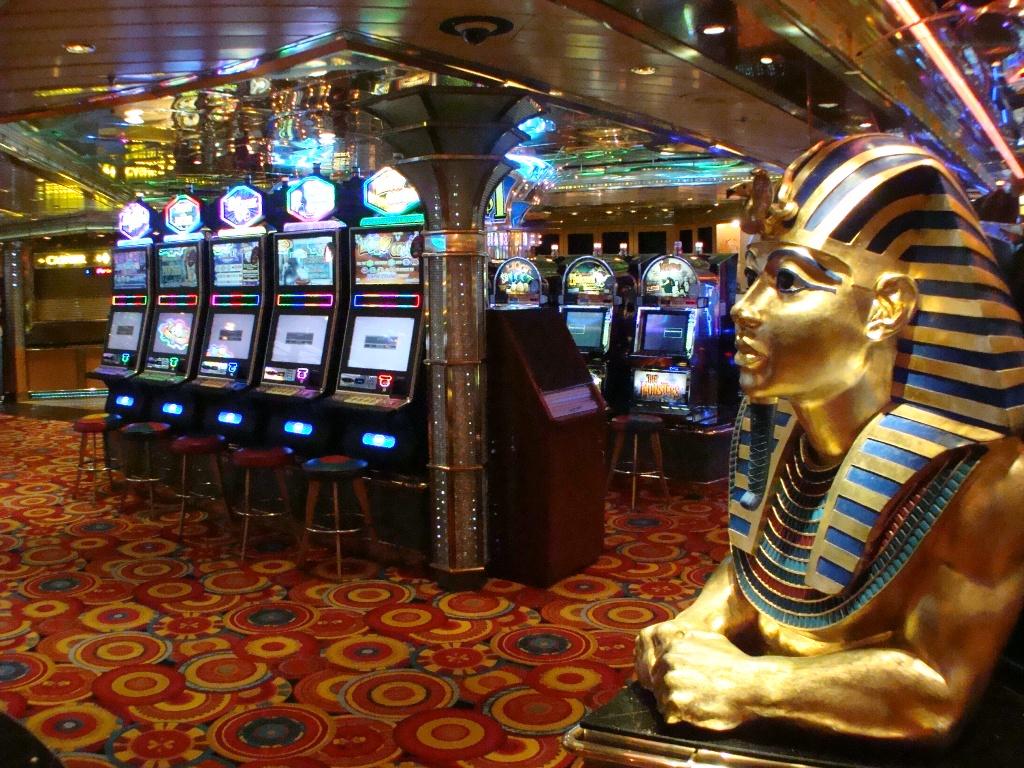 C реалом казино первоночальным